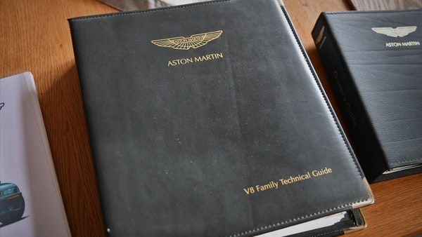 1997 Aston Martin V8 Coupe For Sale (picture 83 of 95)