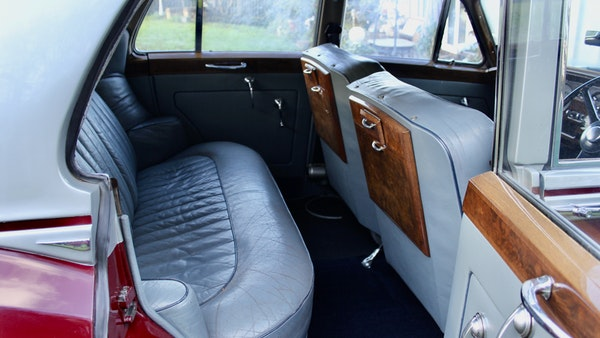 RESERVE LOWERED - 1956 Bentley S1 Saloon For Sale (picture 40 of 101)