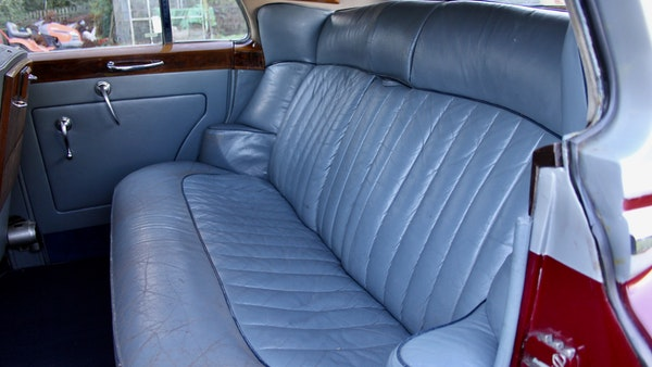 RESERVE LOWERED - 1956 Bentley S1 Saloon For Sale (picture 39 of 101)
