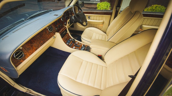 1997 Bentley Turbo R Long Wheelbase For Sale (picture 15 of 89)