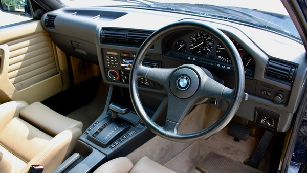 NO RESERVE! - 1989 BMW 320i Convertible For Sale (picture 70 of 147)