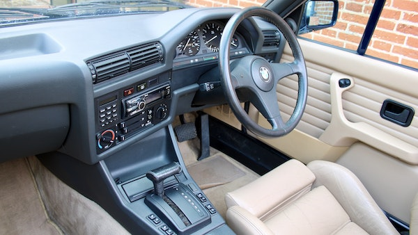 NO RESERVE! - 1989 BMW 320i Convertible For Sale (picture 76 of 147)