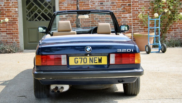 NO RESERVE! - 1989 BMW 320i Convertible For Sale (picture 9 of 147)