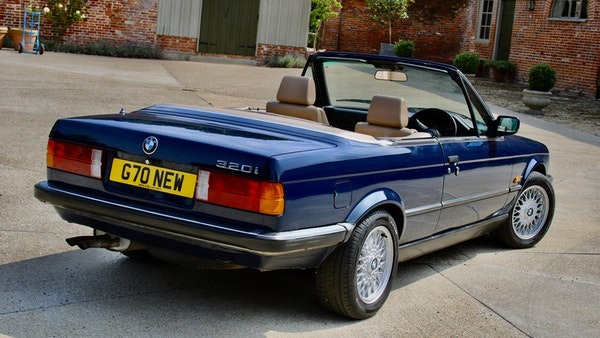 NO RESERVE! - 1989 BMW 320i Convertible For Sale (picture 10 of 147)