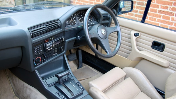 NO RESERVE! - 1989 BMW 320i Convertible For Sale (picture 72 of 147)