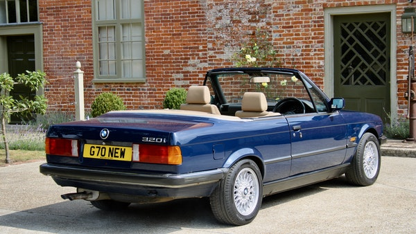 NO RESERVE! - 1989 BMW 320i Convertible For Sale (picture 42 of 147)
