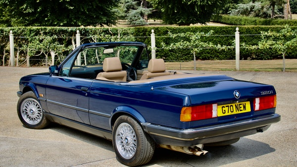 NO RESERVE! - 1989 BMW 320i Convertible For Sale (picture 62 of 147)