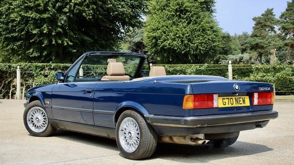 NO RESERVE! - 1989 BMW 320i Convertible For Sale (picture 7 of 147)