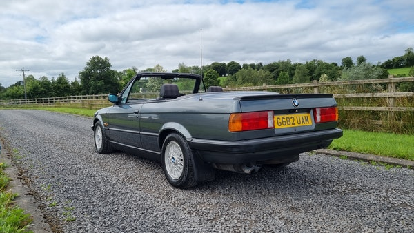 1990 BMW 320i Convertible For Sale (picture 8 of 173)