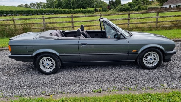 1990 BMW 320i Convertible For Sale (picture 5 of 173)