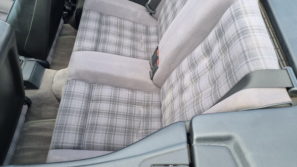 1990 BMW 320i Convertible For Sale (picture 17 of 173)