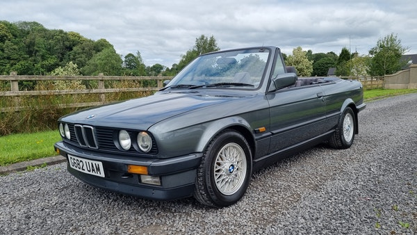 1990 BMW 320i Convertible For Sale (picture 1 of 173)