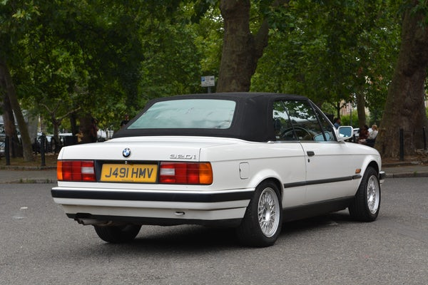 1991 BMW 320i Convertible For Sale (picture 28 of 153)