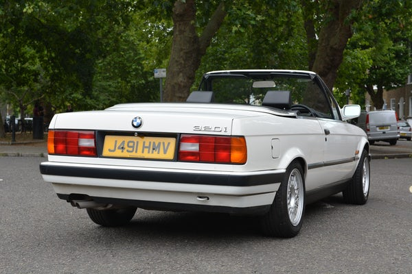 1991 BMW 320i Convertible For Sale (picture 21 of 153)