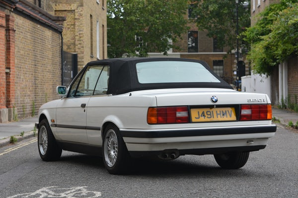 1991 BMW 320i Convertible For Sale (picture 52 of 153)