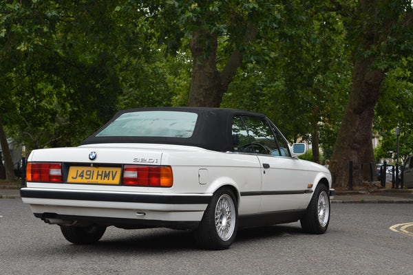 1991 BMW 320i Convertible For Sale (picture 27 of 153)