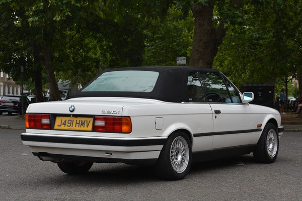 1991 BMW 320i Convertible For Sale (picture 26 of 153)