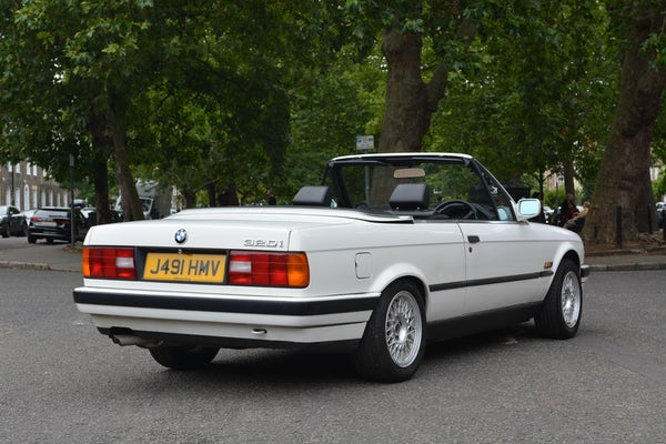 1991 BMW 320i Convertible For Sale (picture 22 of 153)