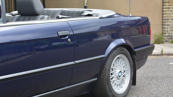 1993 BMW 320i Convertible For Sale (picture 57 of 161)