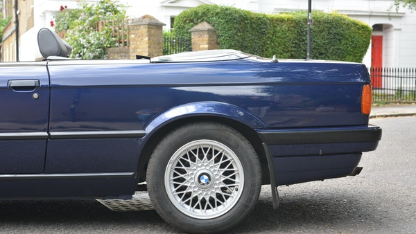 1993 BMW 320i Convertible For Sale (picture 30 of 161)