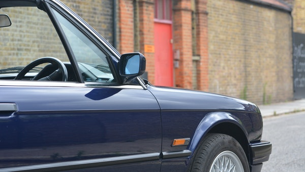 1993 BMW 320i Convertible For Sale (picture 40 of 161)