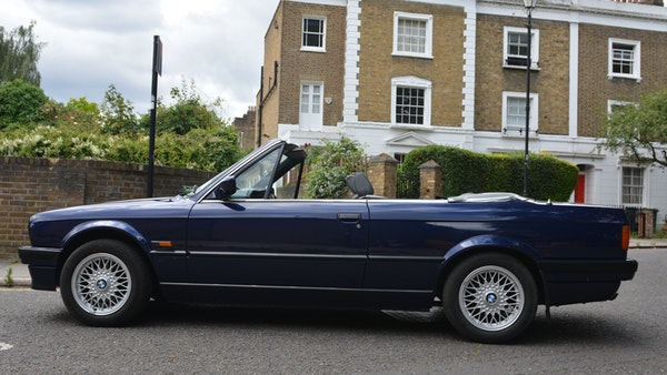1993 BMW 320i Convertible For Sale (picture 29 of 161)