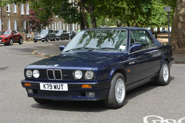 1993 BMW 320i Convertible For Sale (picture 11 of 161)