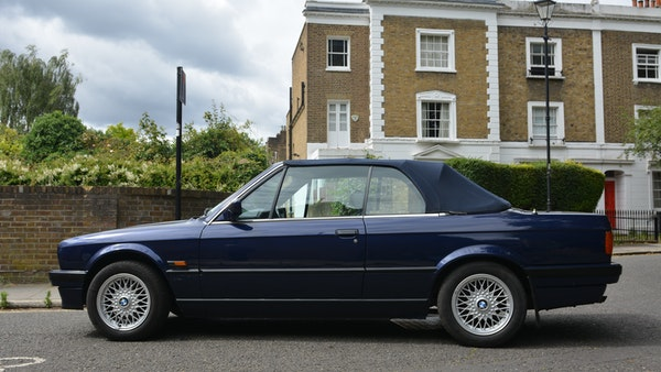 1993 BMW 320i Convertible For Sale (picture 23 of 161)