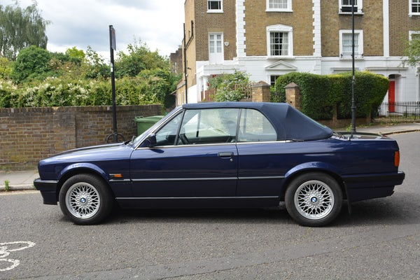 1993 BMW 320i Convertible For Sale (picture 24 of 161)