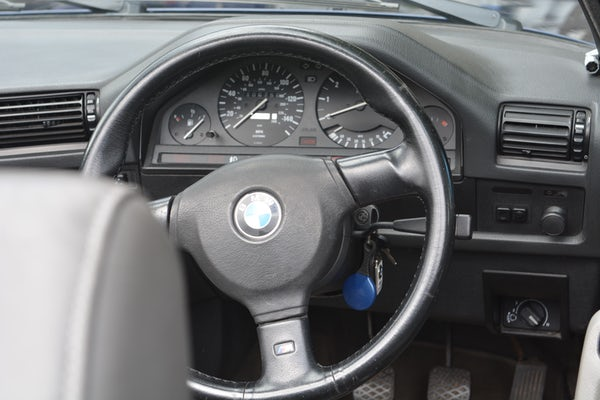 1993 BMW 320i Convertible For Sale (picture 100 of 161)