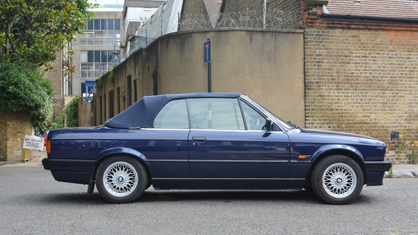 1993 BMW 320i Convertible For Sale (picture 18 of 161)