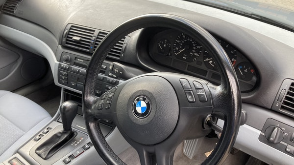 2001 BMW E46 320i SE Touring For Sale (picture 18 of 105)