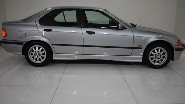NO RESERVE! 1997 BMW 323i For Sale (picture 23 of 150)