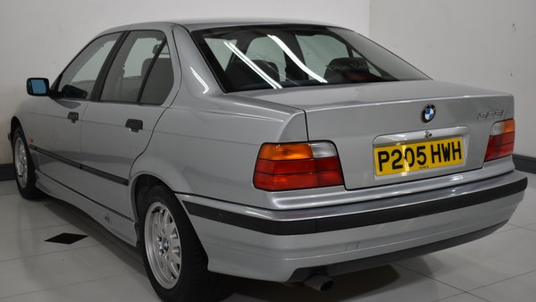NO RESERVE! 1997 BMW 323i For Sale (picture 4 of 150)