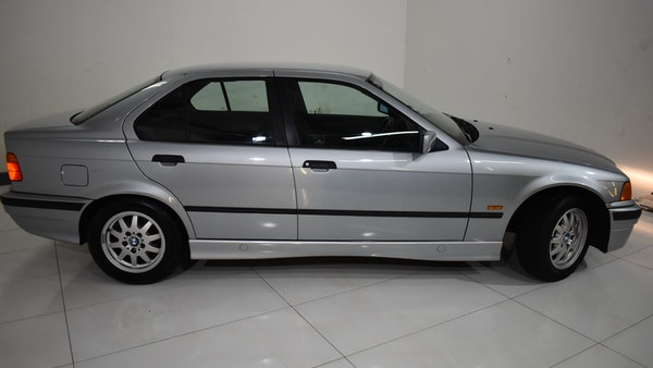 NO RESERVE! 1997 BMW 323i For Sale (picture 22 of 150)