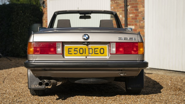 1987 BMW E30 325i convertible For Sale (picture 26 of 238)