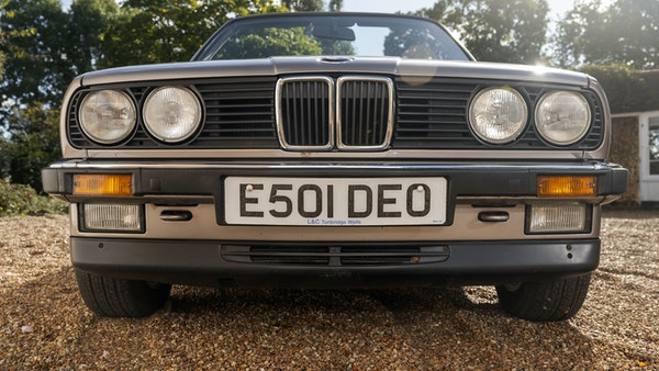 1987 BMW E30 325i convertible For Sale (picture 5 of 238)