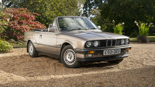 1987 BMW E30 325i convertible For Sale (picture 8 of 238)