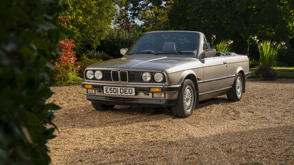 1987 BMW E30 325i convertible For Sale (picture 4 of 238)