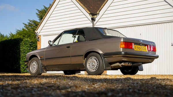 1987 BMW E30 325i convertible For Sale (picture 29 of 238)