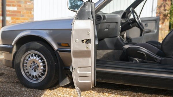 1987 BMW E30 325i convertible For Sale (picture 148 of 238)