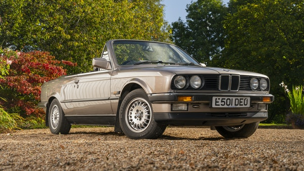 1987 BMW E30 325i convertible For Sale (picture 9 of 238)