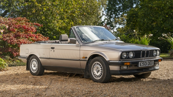 1987 BMW E30 325i convertible For Sale (picture 17 of 238)