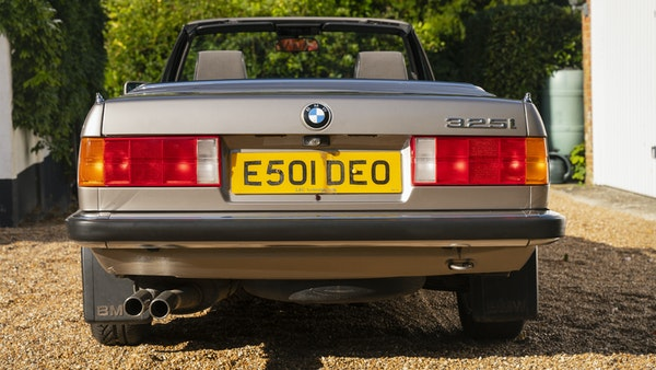 1987 BMW E30 325i convertible For Sale (picture 21 of 238)