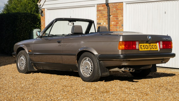 1987 BMW E30 325i convertible For Sale (picture 23 of 238)