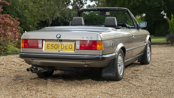 1987 BMW E30 325i convertible For Sale (picture 16 of 238)