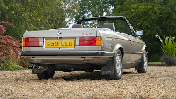 1987 BMW E30 325i convertible For Sale (picture 18 of 238)