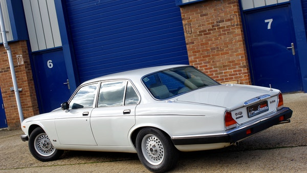 1986 Daimler Double Six For Sale (picture 25 of 110)