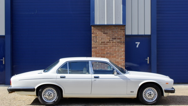 1986 Daimler Double Six For Sale (picture 24 of 110)