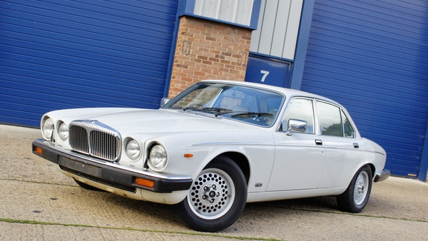1986 Daimler Double Six For Sale (picture 5 of 110)